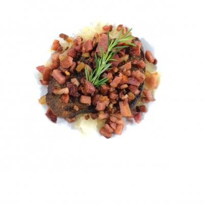 Fígado com farofa de Bacon